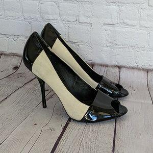 Gucci Color Block Suede Patent  Peep Toe Heel 8.5